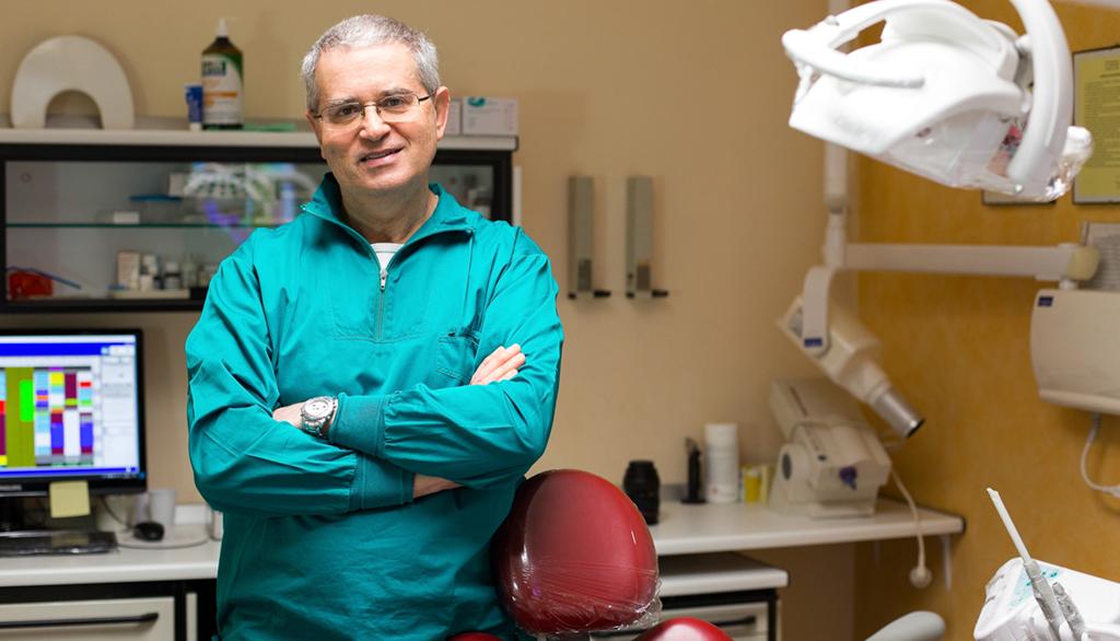 Dott. Luigi Bianchini specialista in Odontostomatologia a Rimini